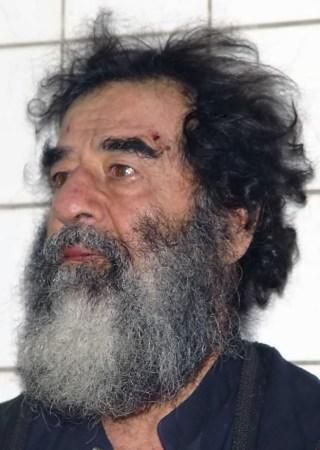 Saddam Hoessein kort na zijn gevangenname (wiki)