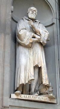 Standbeeld van Galilei in Florence