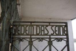 'Jedem das Seine' op de poort van Buchenwald