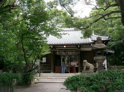 1024px-Yasui-jinja-shaden1