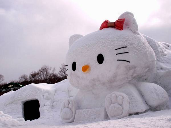 Girl Power Laptop Wallpaper The Enchanting Winter Wonderland Of Snow Sculpture The