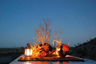 dsc_0195-table-setting-night.jpg