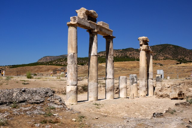 Ruins of Roman columns - Hierapolis, Turkey