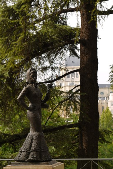 Statue of a Lady with the Almudena Cathedral in the background, taken in Jardines de la Vistillas - Madrid, Spain (48), Why visit Madrid?