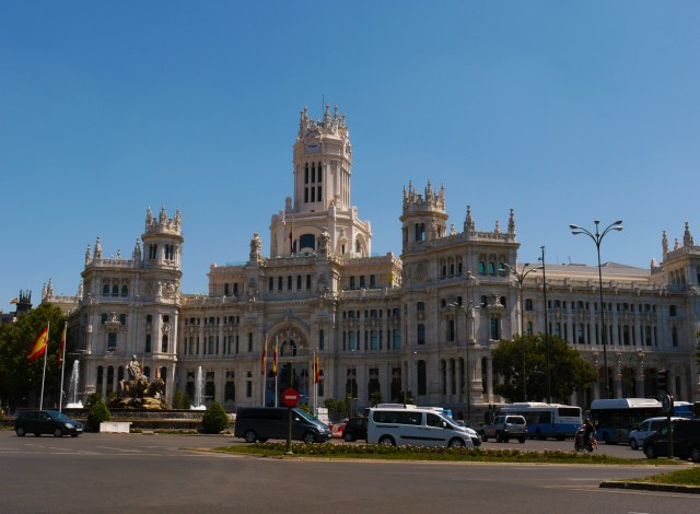 Palacio de Cibeles, taken on Plaza de Cibeles - Madrid, Spain (88)