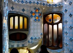 Famous Gaudí house Casa Batlló open to visitors for free