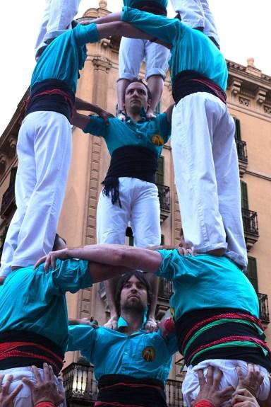 Castell - Castellers de la Sagrada Familia - Portal del Ángel, barcelona, Spain (23)