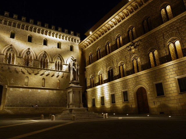 Salimbeni Palace, Siena, Italy, Siena and the search for a fair price