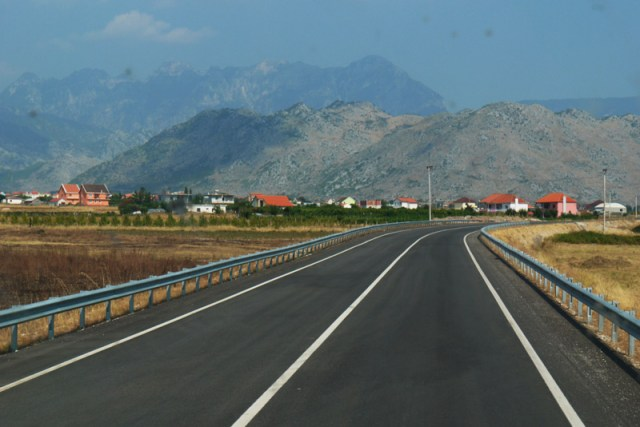 hitch-hiking in Albania