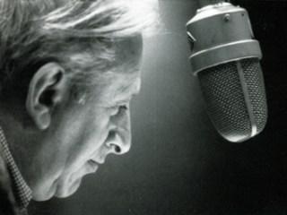 studs terkel 01 b-w at mic
