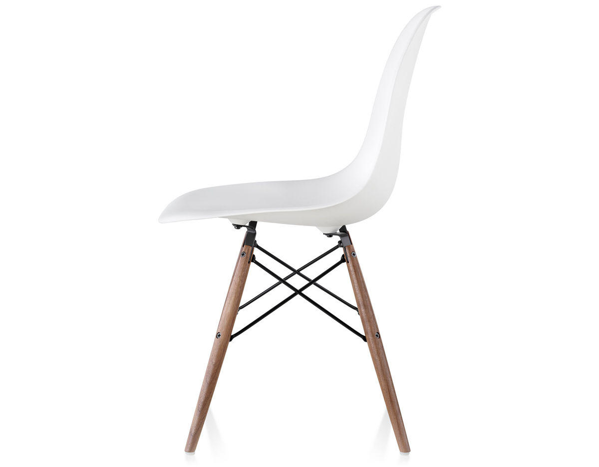 Eames Plastic Chair Eames Molded Plastic Side Chair With Dowel Base