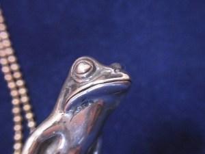 蛙人 シルバーネックレス