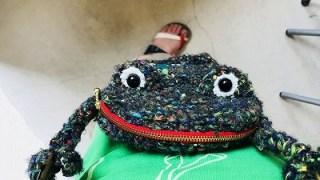 5月のひより。流行通信 蛙の編みかばん