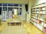 図書室など特別教室に冷房設備が設けられる(写真はイメージ)