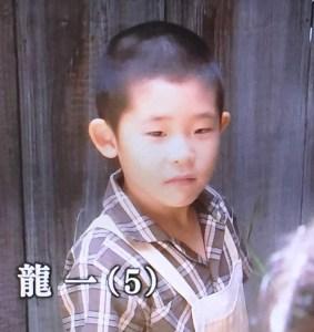べっぴんさん 龍一 子役 原知輝 画像