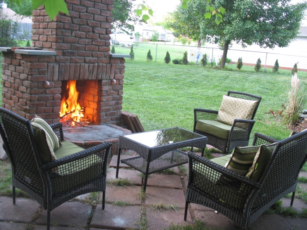 12 Outdoor Fireplace Plans Add Warmth And Ambience To