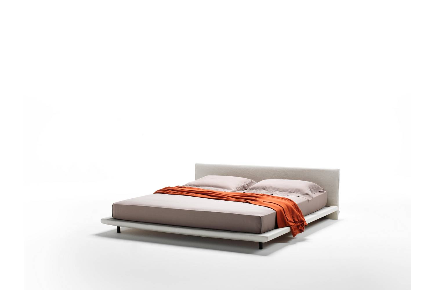 Divani Definition Chemise Bed By Piero Lissoni For Living Divani Space Furniture