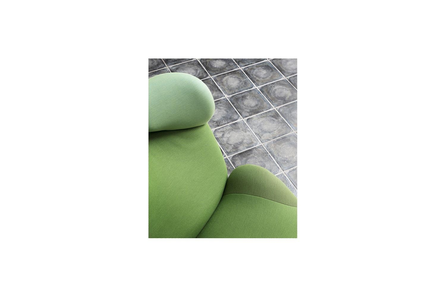 Sessel Mickey Mouse 111 Wink Armchair By Toshiyuki Kita For Cassina Space Furniture