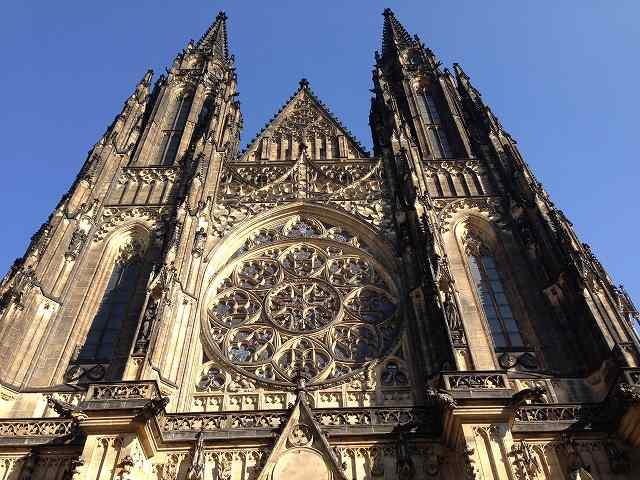 プラハ観光最終日にプラハ城と聖ヴィート大聖堂を鑑賞⑦