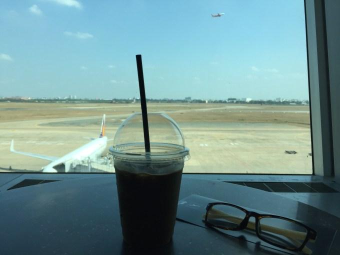 タンソンニャット国際空港から台湾桃園空港へ移動⑮