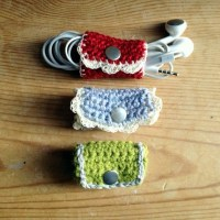 10 DIY Headphone Cord Wrap Ideas with Pictures