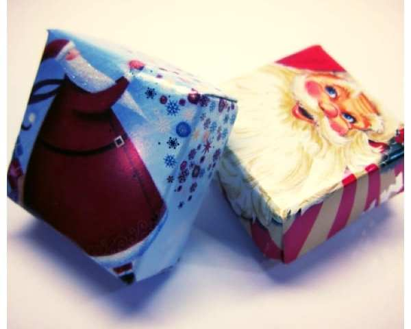 How to recycle old christmas cards into mini candy boxes for How to recycle old christmas cards