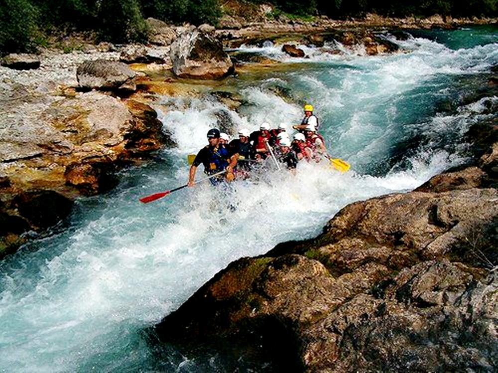 Bosnia-and-Herzegovina-Neretva-Rafting