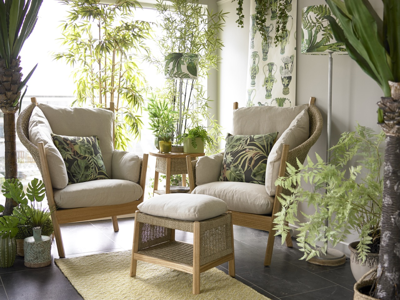 How To Furnish A Conservatory Or Garden Room Holloways