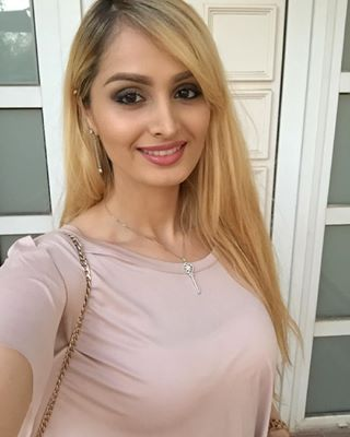 Dubai Beautiful Girl Wallpaper Lana Rose Hollywood And Bollywood
