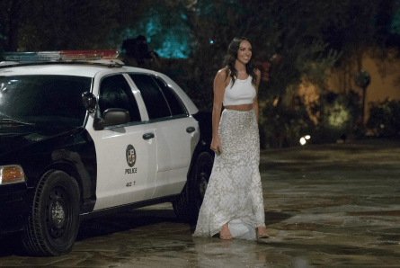 The Bachelor 2019, Tracy with cop car