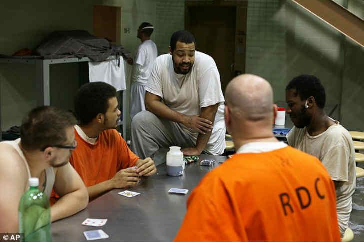 アメリカの刑務所 ヤバすぎる