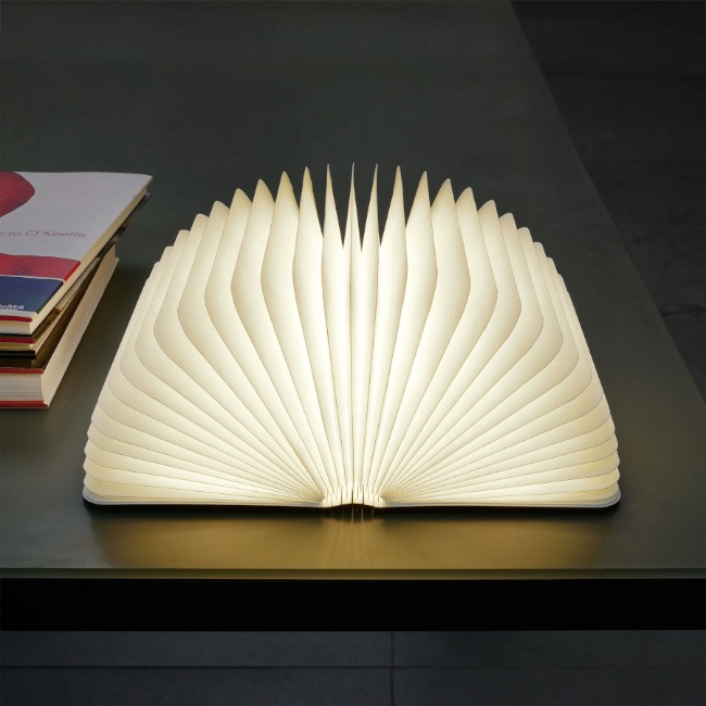 Boog Lamp Lumio Book Lamp | Holycool.net