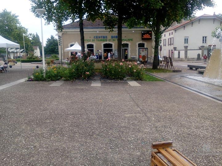1608_bourb_rue6