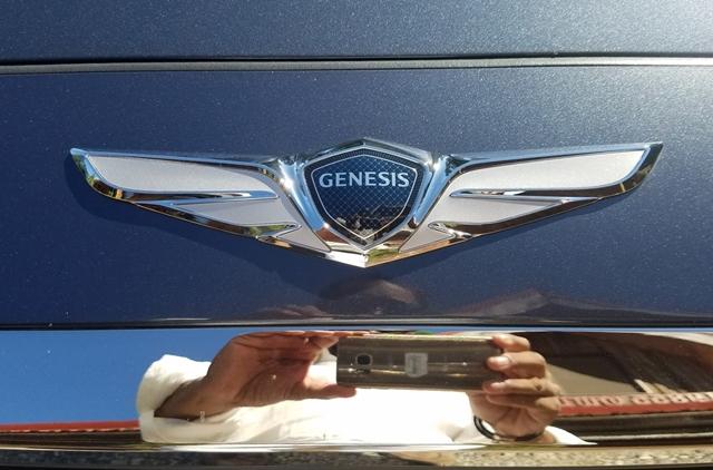 genesis-g90-8