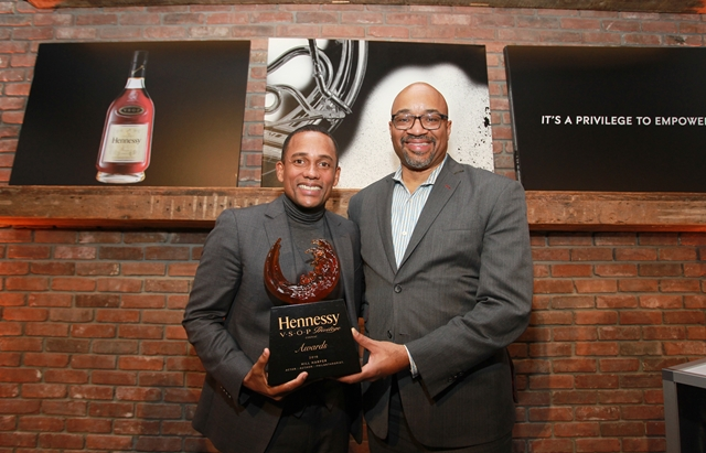 Rodney Williams presents Hennessy Privilege Award to Hill Harper