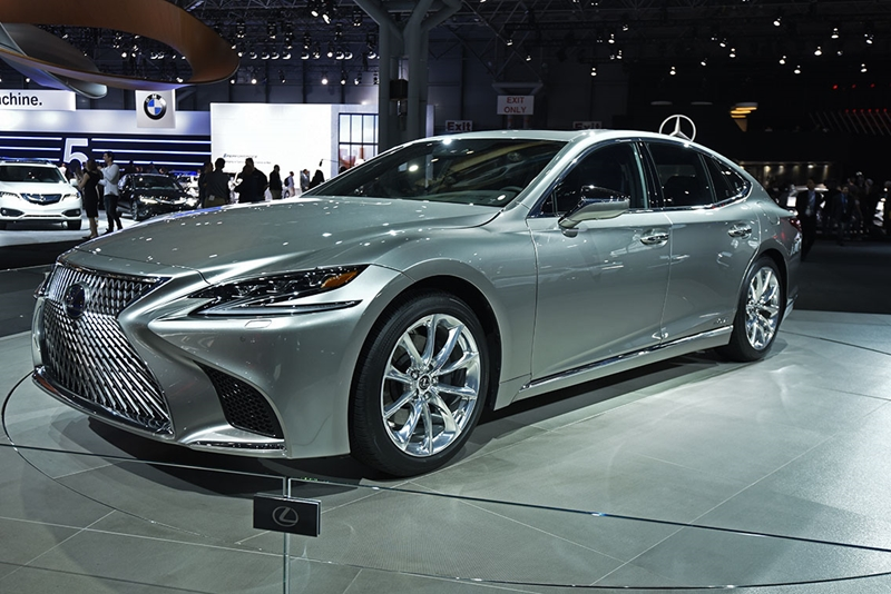 27JR_LEXUS_LS_500_F_SPORT_RESIZED (Copy)