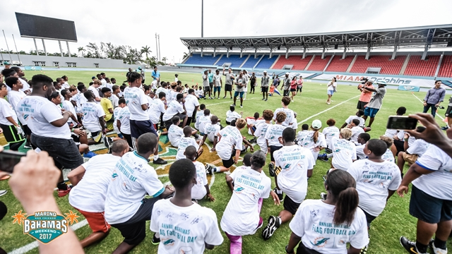 Youth clinic at Dan Marino and Friends Bahamas Weekend 2017 (Copy)