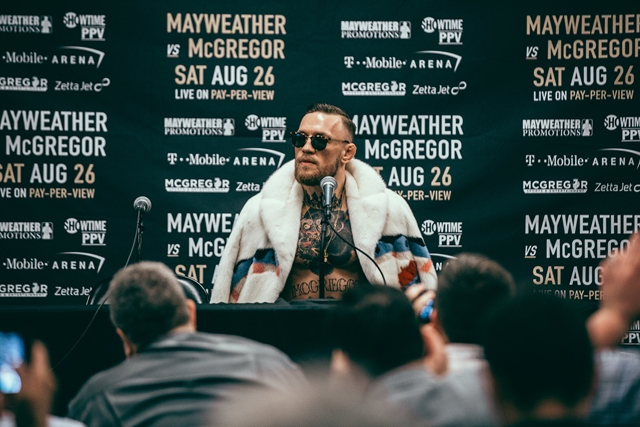 60_McGregor_WorldTour_NY (Copy)photographed by Rosie Cohe SHOWTIME (Copy) HOMBRE Magazine