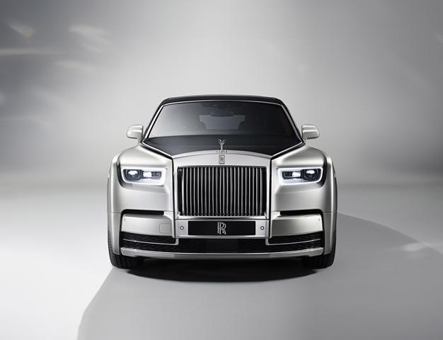 Rolls-Royce New Phantom for HOMBRE Magazine 1 (Copy)