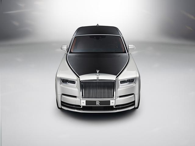 Rolls-Royce New Phantom for HOMBRE Magazine 24