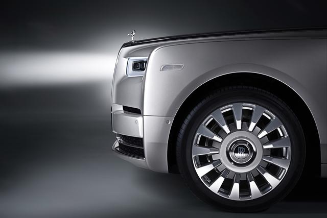Rolls-Royce New Phantom for HOMBRE Magazine 25