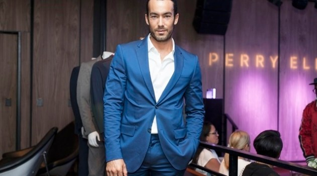 Aaron Diaz - Perry Ellis Fragrance for HOMBRE Magazine exclusively by Paul Tirado 9