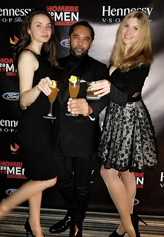 Models Karina and Anastacia with HOMBRE Magazine's Francisco Romeo