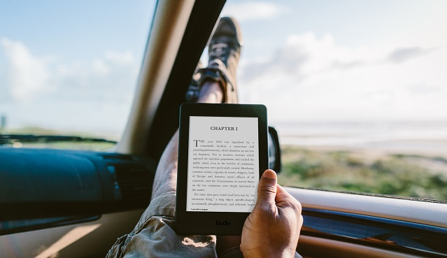 amazon Kindle Paperwhite_Car