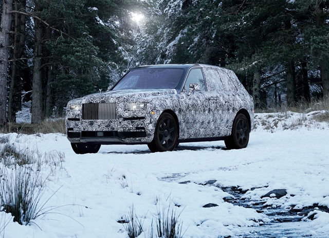 Rolls Royce Cullinan for HOMBRE Magazine RRMC_RR31 Snow_4 (Copy)
