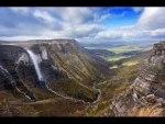La cascada más grande de España: el salto del Nervión y sus 222 metros de caída