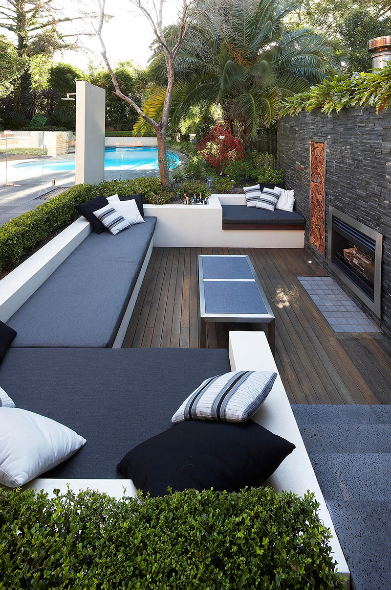 Agencement Terrasse Extérieure Outdoor Living With Sunken Lounge- Hedged Monochrome Soft