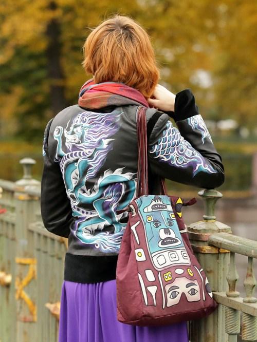 Роспись куртки акрилом - автор Shraddha (17)