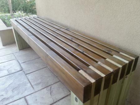Идея деревянной скамейки для дачи