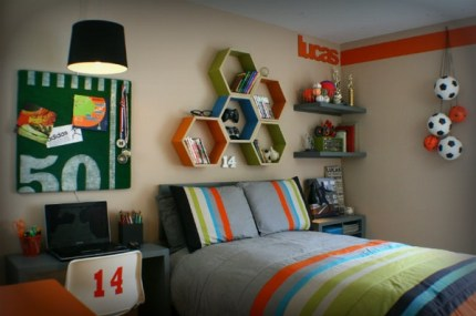 Awesome Teen Bedroom Makeover